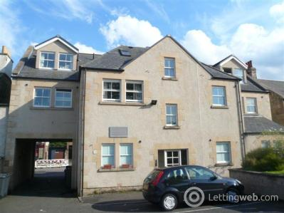 Property to rent in Lanark Road