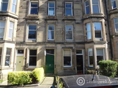 Property to rent in Wellington Street