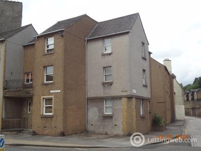 Property to rent in ROBERTSONS COURT