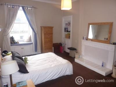Property to rent in Broughton Street