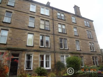 Property to rent in Comiston Gardens