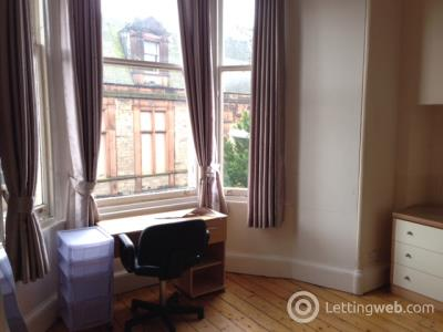 Property to rent in Morningside Drive, Edinburgh
