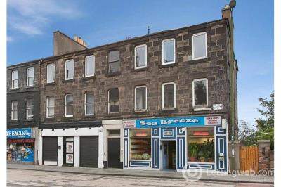 Property to rent in Earlston Place, Edinburgh