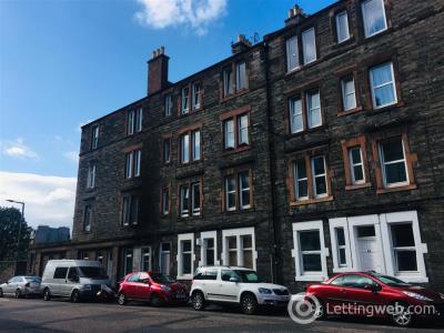Property to rent in Albion Road, Edinburgh