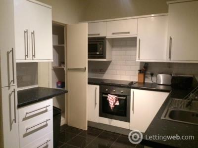 Property to rent in Northfield Broadway, Edinburgh, EH8 7PL