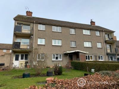 Property to rent in Ransome Gardens