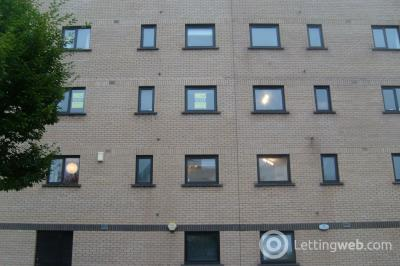 Property to rent in Flat 5, 7 Riverview Drive Glasgow