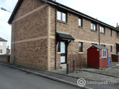 Property to rent in Muirhall Place, Larbert