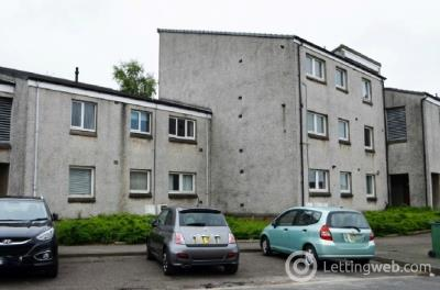Property to rent in Tiree Place, Falkirk