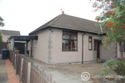Property to rent in Torwood Avenue, Larbert