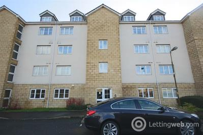 Property to rent in Queens Crescent, Livingston, EH54 8EJ
