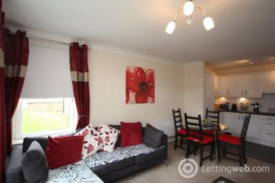 Property to rent in Marina Road, Bathgate, EH48