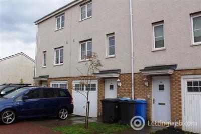 Property to rent in Queens Crescent, EH54 8EG