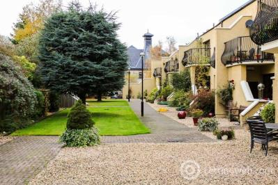 Property to rent in St Magdalenes, Linlithgow, EH49 6AQ