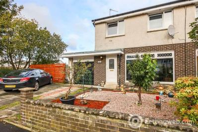 Property to rent in Lowers Crescent, Polmont, FK2 0QT