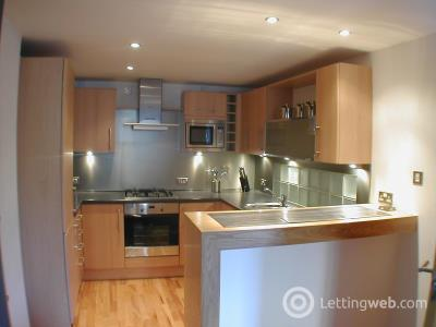 Property to rent in East London St