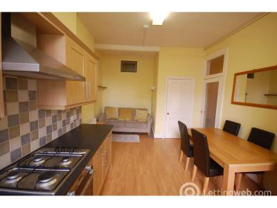 Property to rent in 35/2 West Preston Street