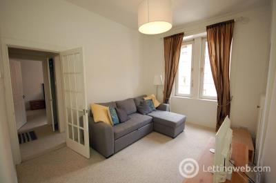 Property to rent in Downfield Place