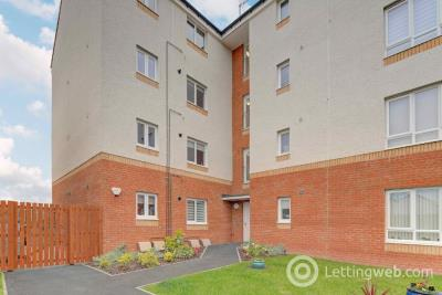 Property to rent in Forge Crescent, Bishopton, Renfrewshire, PA7 5FJ
