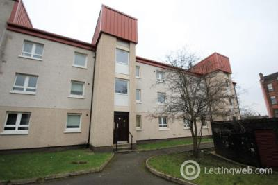 Property to rent in 10 Rossendale Court