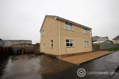Property to rent in CASTLEVIEW AVENUE GALSTON
