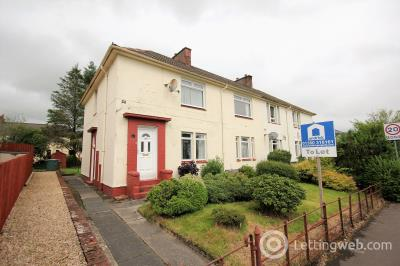 Property to rent in Park Terrace Stewarton