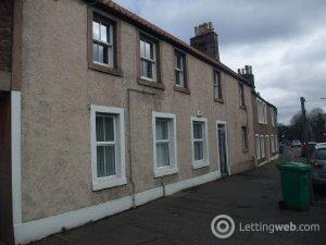 Property to rent in High Street Leslie