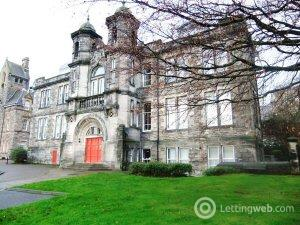 Property to rent in Skibo Court, Dunfermline, KY12 7EW