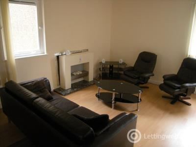 Property to rent in North Street, Leven, Fife, KY8 4QB