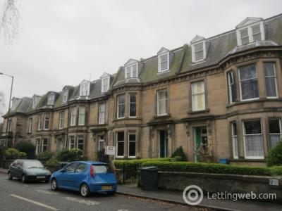 Property to rent in Strathearn Place