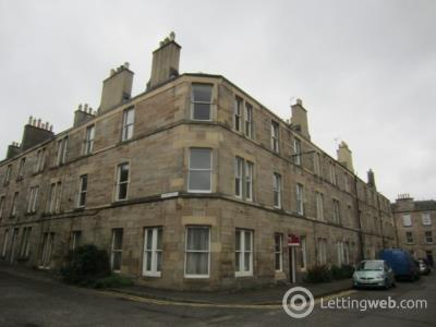 Property to rent in Horne Terrace