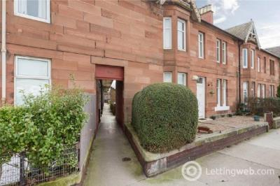 Property to rent in Stoneybank Terrace