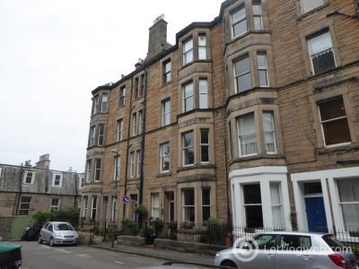 Property to rent in Viewforth Gardens, Bruntsfield, Edinburgh, EH10 4EU