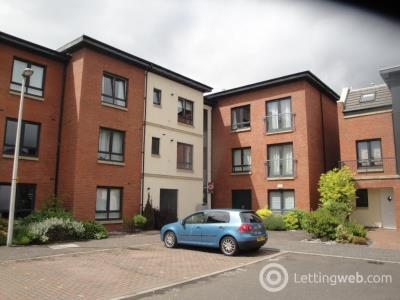 Property to rent in New Mart Square, Chesser, Edinburgh, EH14 1TJ
