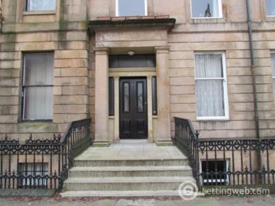 Property to rent in WOODLANDS - West Princes Street - Furnished