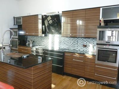 Property to rent in Townhouse,, , Auchingramont Road, , Hamilton