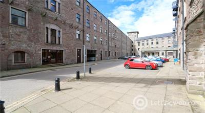 Property to rent in Pleasance Court, Dundee