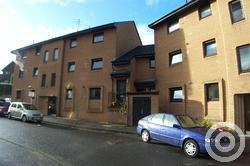 Property to rent in Crossveggate