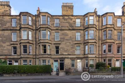 Property to rent in Falcon Avenue