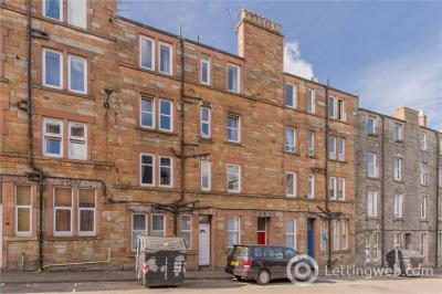 Property to rent in Gibson Terrace
