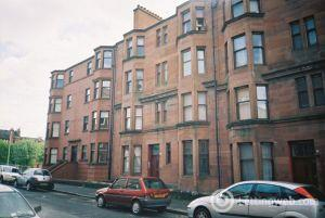 Property to rent in 1.2, 3 Kennoway Drive, Glasgow, G11 7UA