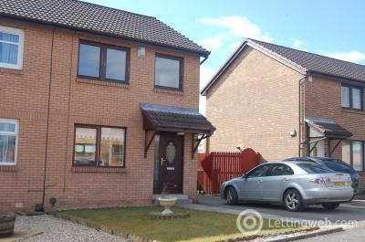 Property to rent in Castle View Newmains