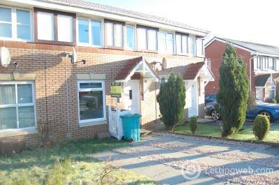 Property to rent in Murray Crescent