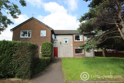 Property to rent in Rosslyn Road