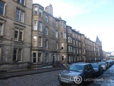 Property to rent in Leslie Place, Stockbridge, Edinburgh