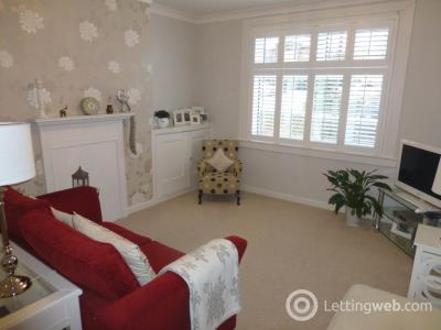 Property to rent in Redford Road, Edinburgh,
