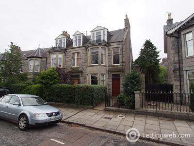 Property to rent in Beaconsfield Place, Top Floor, AB15