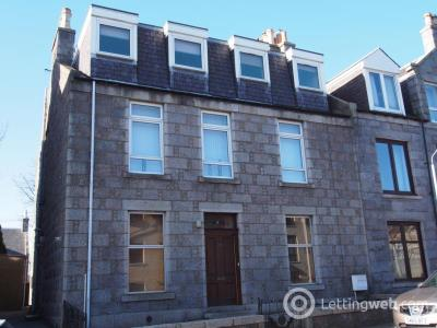 Property to rent in Claremont Place, Top Floor Flat, AB10