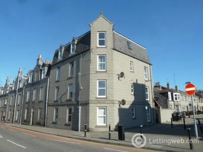 Property to rent in Bedford Place, Aberdeen, AB24
