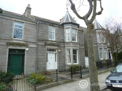 Property to rent in Grosvenor Place, Aberdeen, AB25